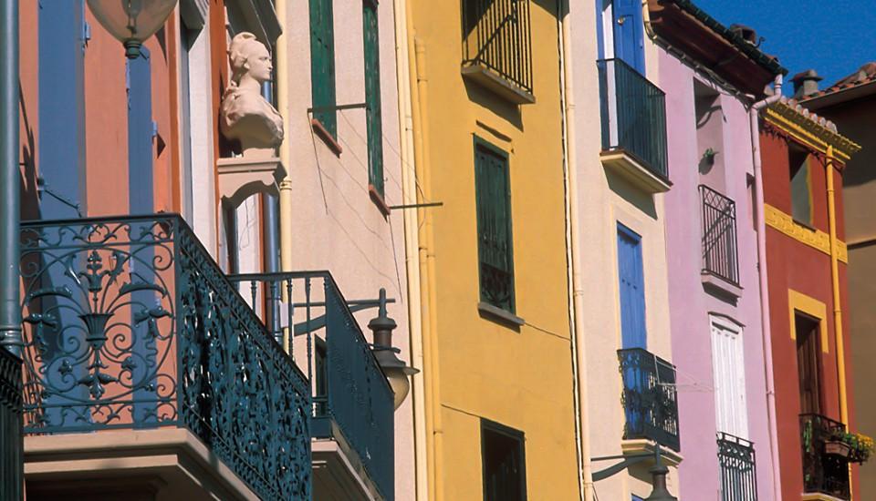 façades colorées typiques Collioure