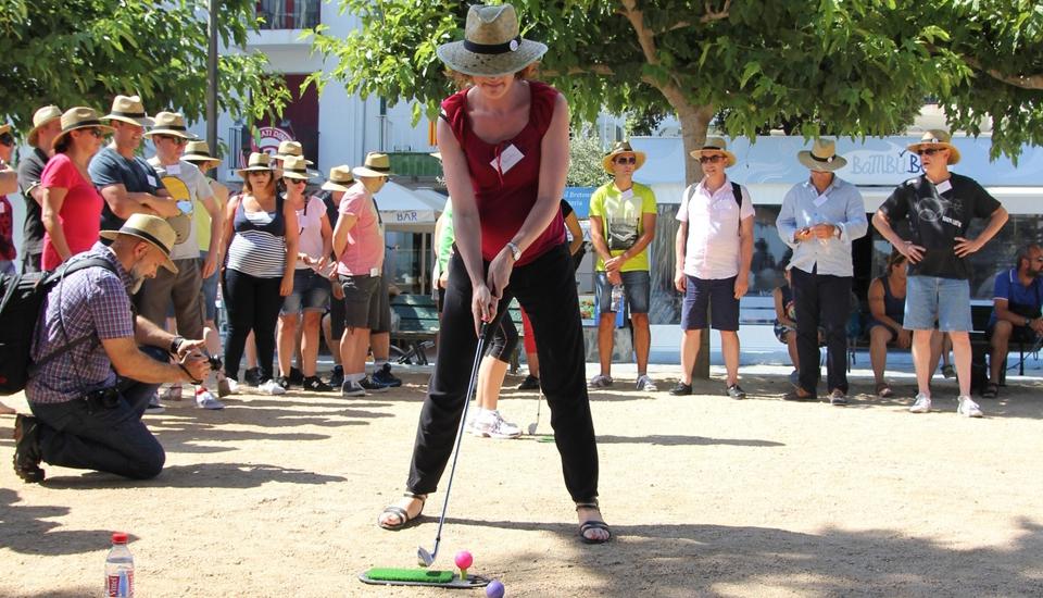 Activité ludique street golf Cadaques